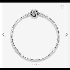 "Pandora Poetic Blooms 7"" Bracelet"